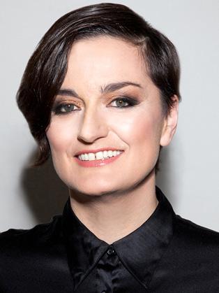 Zoe Lyons